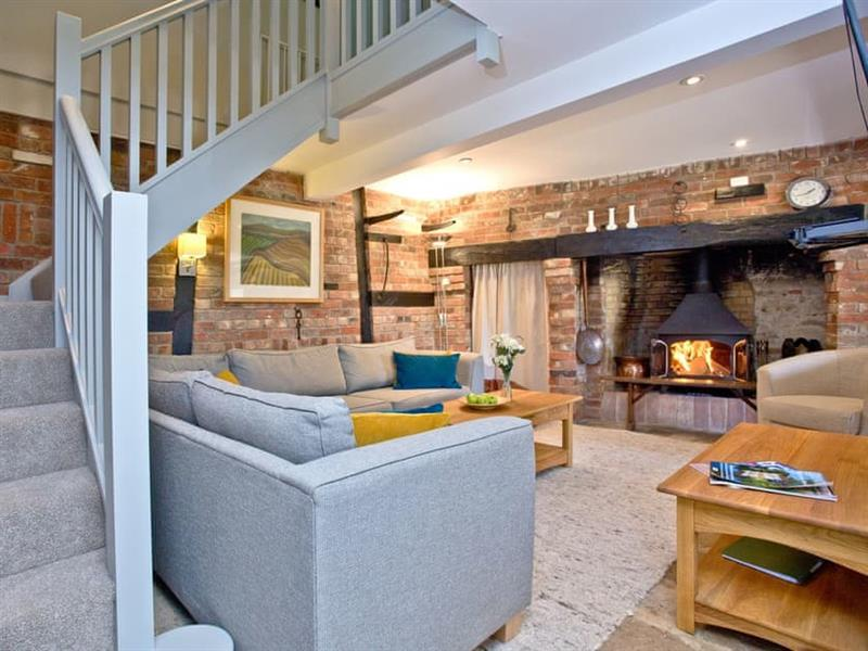 Coomb Barton in Dorchester - sleeps 8 people