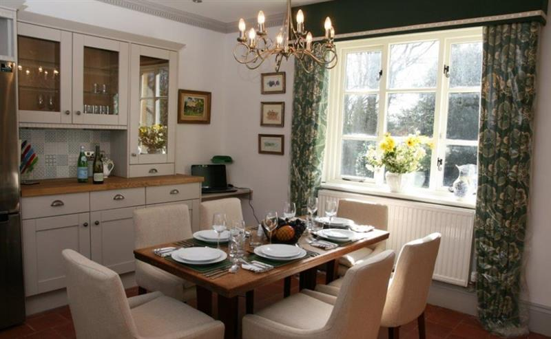 Coopers Hill Cottage in Winchcombe - sleeps 6 people