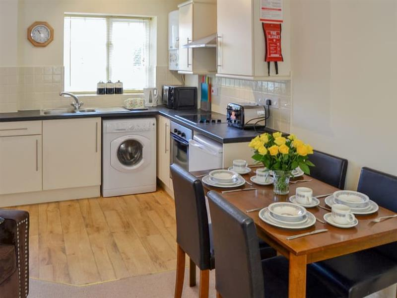 Coots Nest in Stalham Staithe, near Norwich - sleeps 4 people