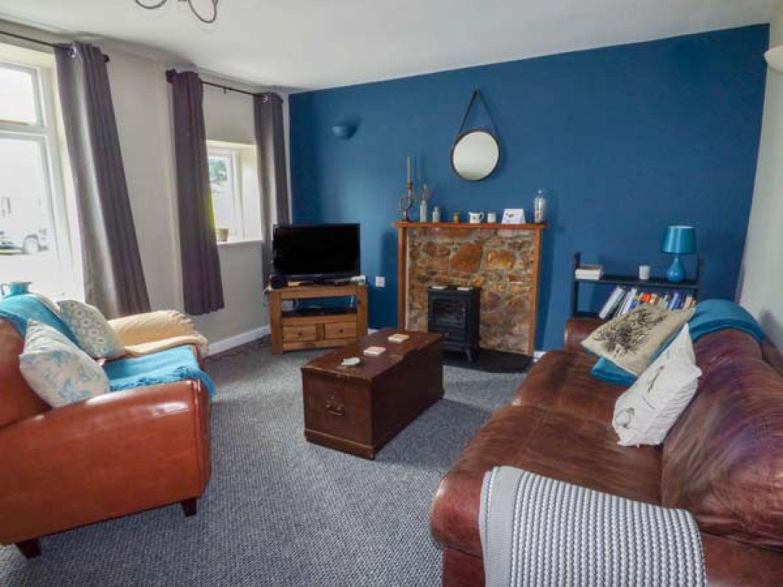 Corner Cottage in Reynoldston near Swansea - sleeps 6 people