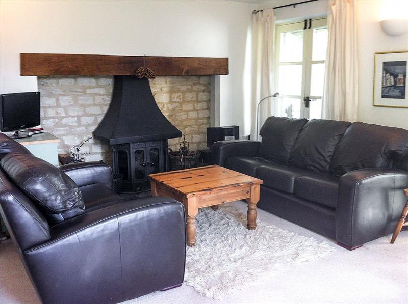 Cornerstone Cottage in Somerford Keynes, near Cirencester - sleeps 8 people
