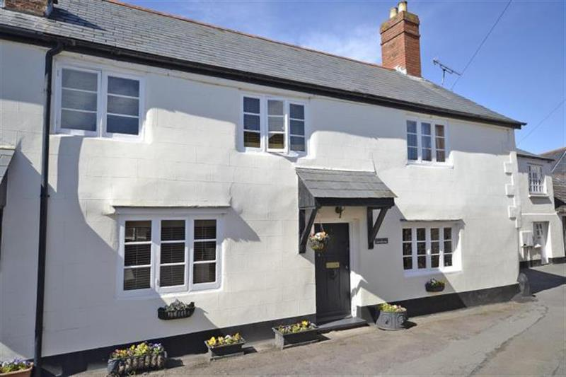 Court Green Cottage in Minehead - sleeps 6 people