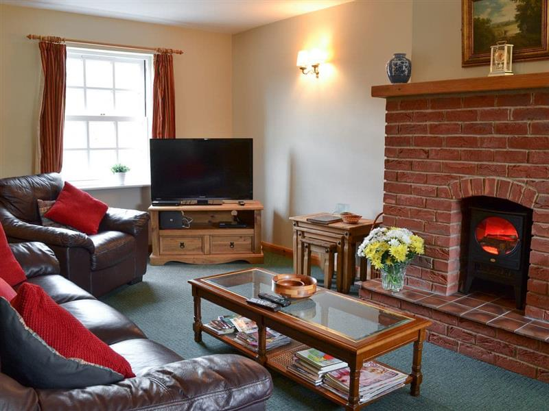 Courtside Cottages - Courtside Cottage in Hunmanby, near Filey - sleeps 6 people