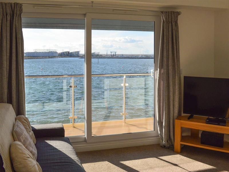 Crabbers Wharf - Stewards Suite in Portland - sleeps 4 people