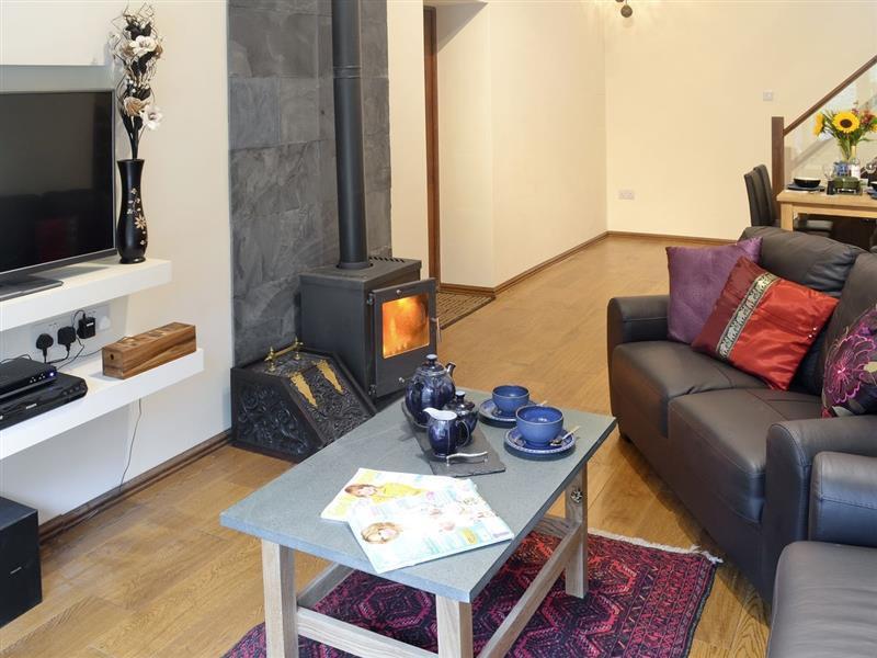 Crimson Cottage in Broughton-in-Furness - sleeps 2 people
