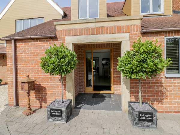 Croft House in Stratford-upon-Avon - sleeps 8 people