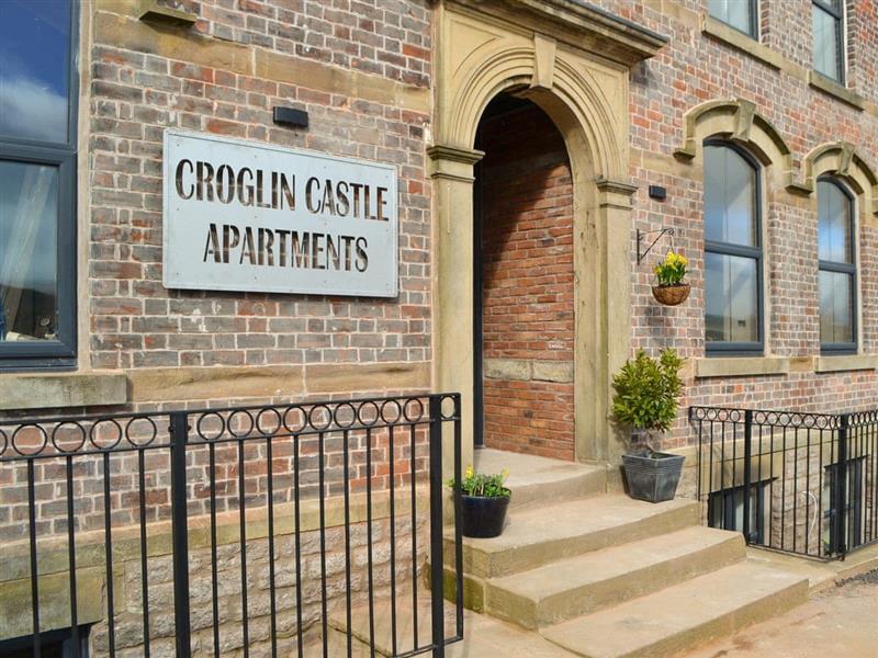 Croglin Castle Apartments - Stenkrith in Kirkby Stephen - sleeps 4 people