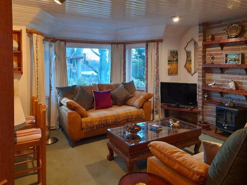 Croiscrag Cottage in Aboyne - sleeps 2 people