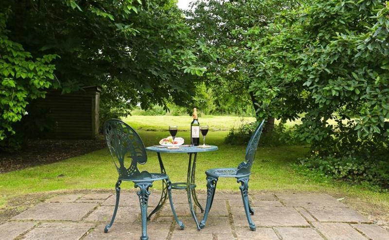 Crow Cottage in Eastling - sleeps 2 people