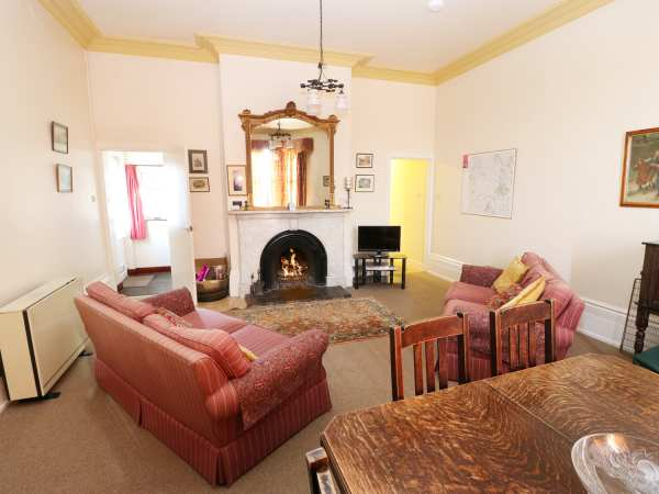 Culland Mount Cottage in Brailsford - sleeps 4 people