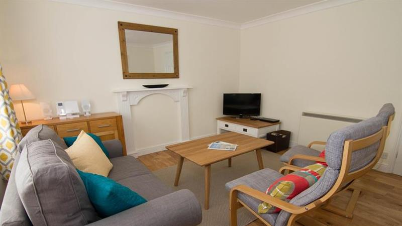 Curlew Apartment in Wells-next-the-Sea - sleeps 4 people