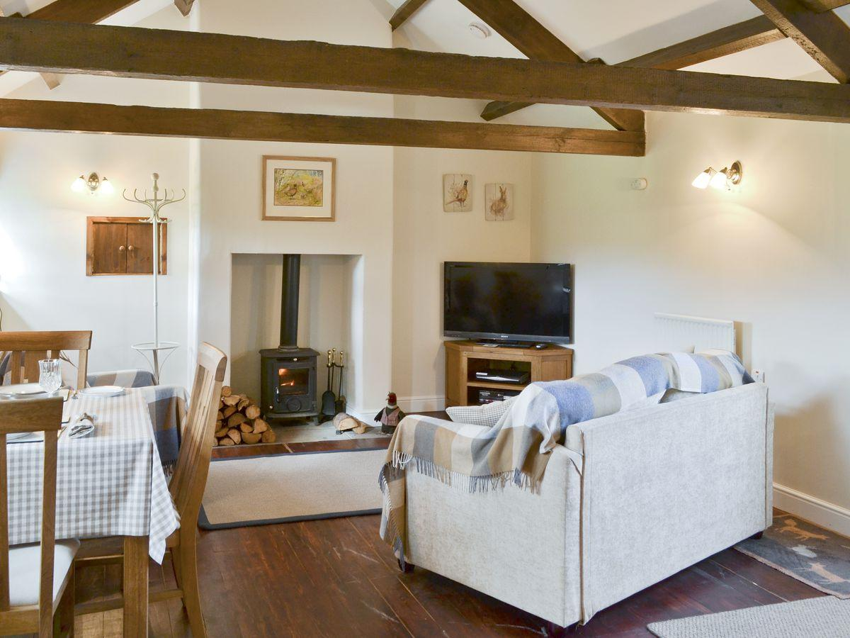 Curlew Barn in Leyburn - sleeps 2 people