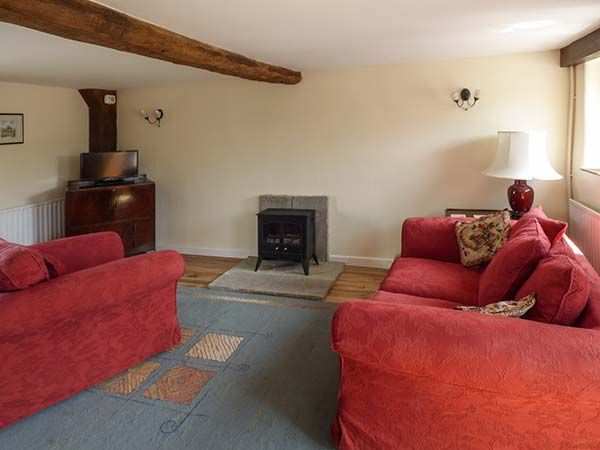 Curlew Cottage in Middleton-by-Youlgreave near Bakewell - sleeps 2 people