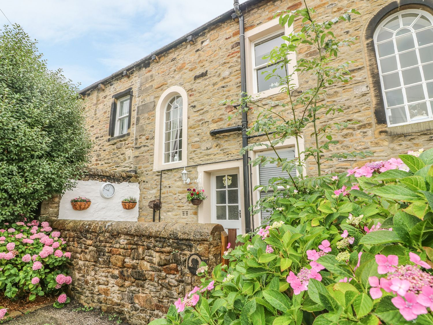 Daisy's Holiday Cottage in Skipton - sleeps 2 people