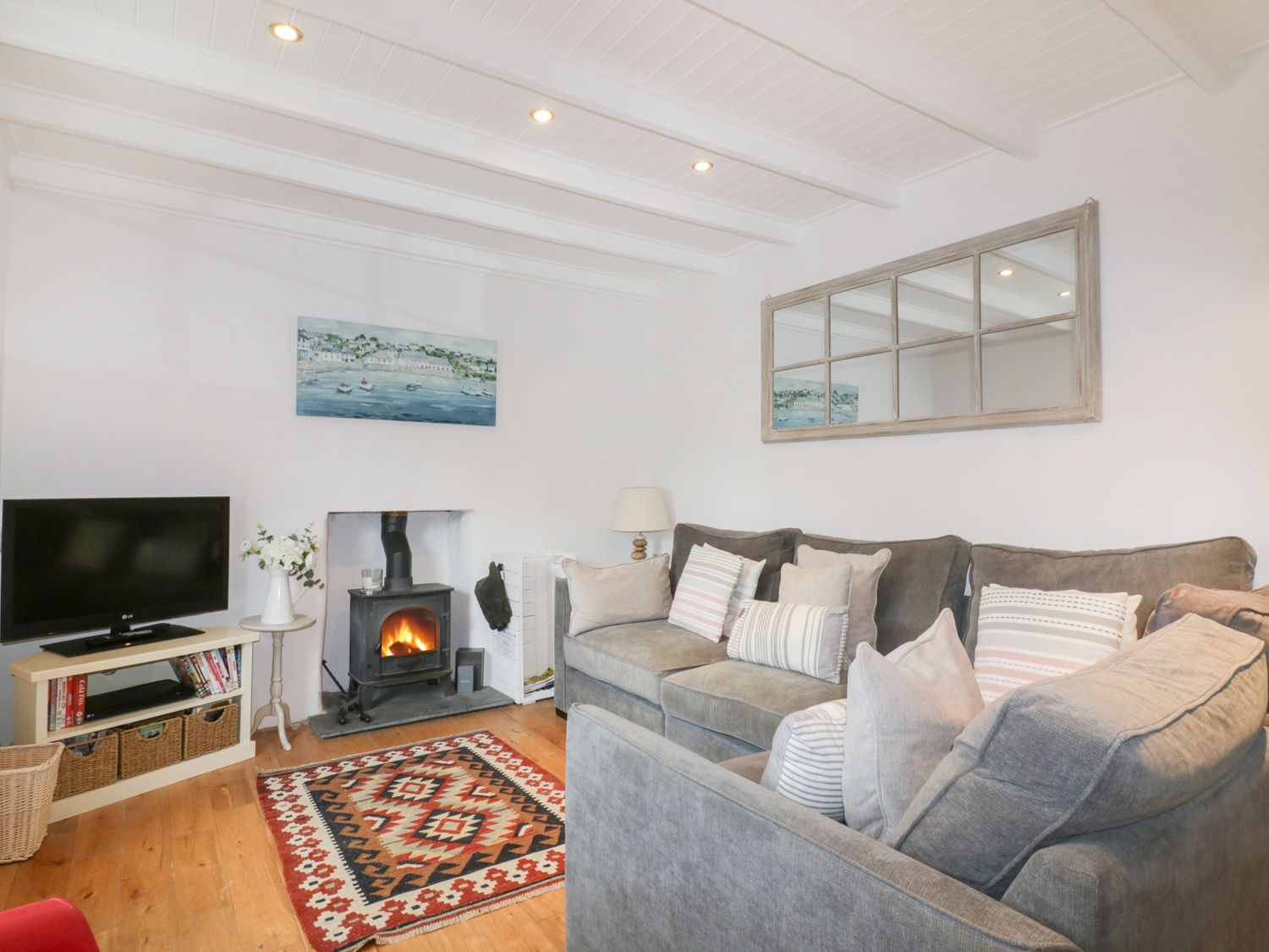Dale Cottage in Crantock - sleeps 6 people