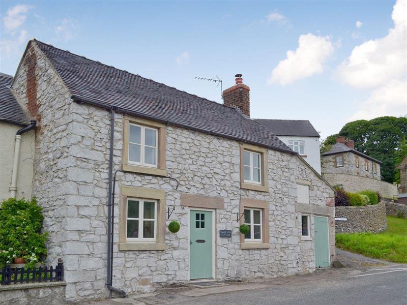 Dale End Cottage in Brassington, near Matlock - sleeps 4 people