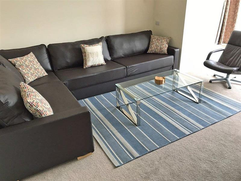 Deany Apartment in Bridlington - sleeps 4 people