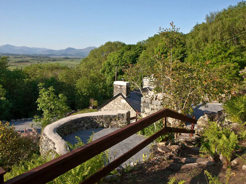 Delfod Cottage in Harlech - sleeps 2 people