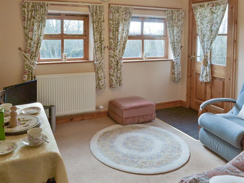 Deri Fawr - Byre in Llandyfrydog, near Benllech, Anglesey - sleeps 2 people