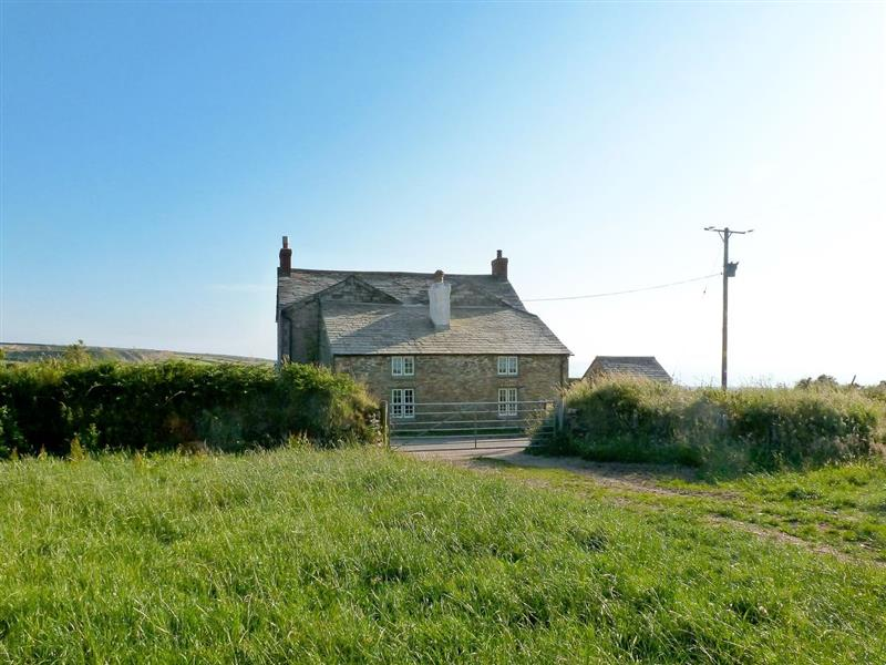 Downhouse Cottage in Delabole, nr. Tintagel - sleeps 4 people