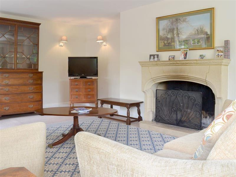Downside in Tidcombe, near Marlborough - sleeps 7 people