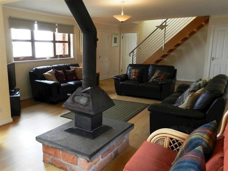 Driftwood in Corrie, Isle of Arran - sleeps 10 people