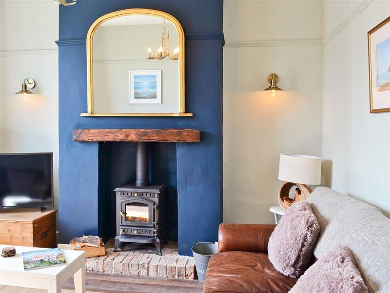 Driftwood Cottage in Seahouses - sleeps 6 people