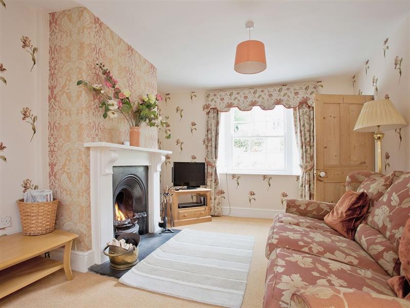 Drood Cottage in Puncknowle, Dorset. - sleeps 5 people