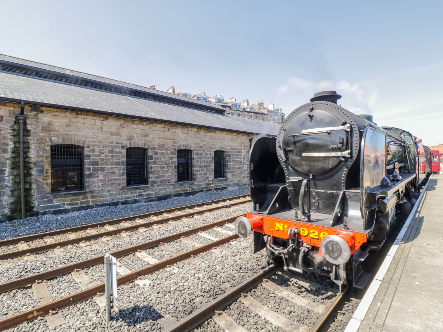 Duchess of Hamilton @ Engine Shed in Whitby - sleeps 2 people