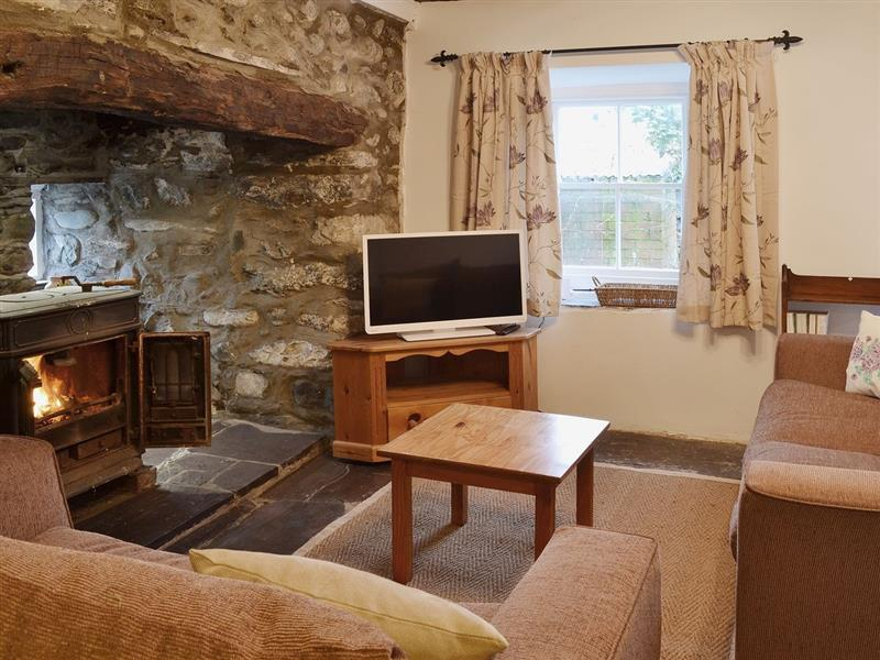 Dyserth in Aberdesach, nr. Caernarfon - sleeps 4 people