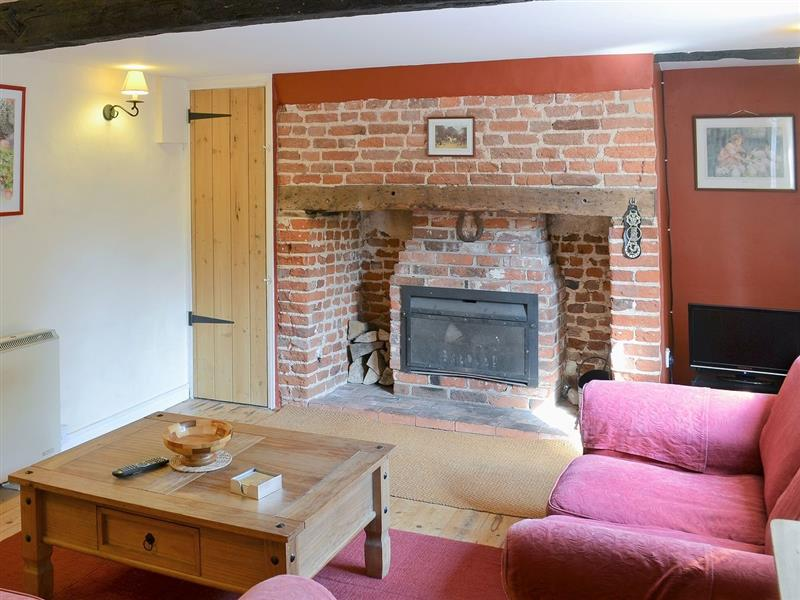 East Cottage in Corpusty, nr. Cawston - sleeps 4 people