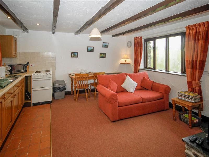 East Rose - Shippen in St Breward, near Bodmin - sleeps 2 people