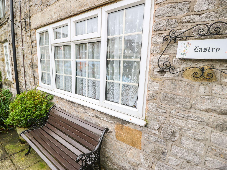 Eastry Cottage in Castleton - sleeps 4 people