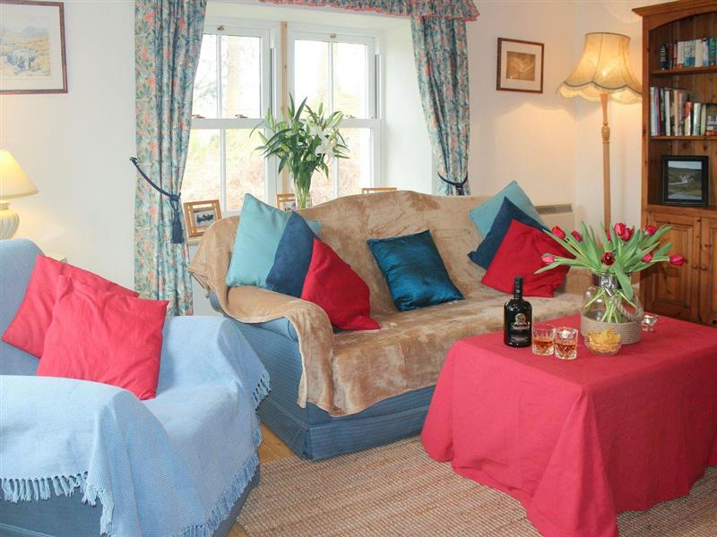 Ederline Estate - South Lodge in Ford, near Lochgilphead, Argyll and Bute - sleeps 2 people