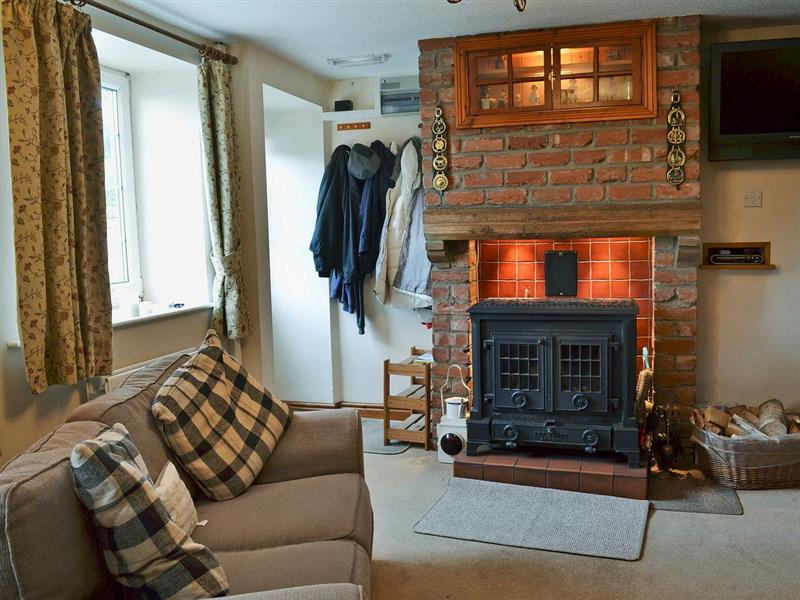 Edgemoor Cottage in Newton-upon-Rawcliffe, near Pickering - sleeps 4 people