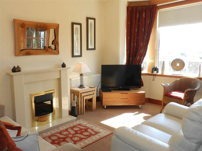 Eilean View Hamilton Terrace in Lamlash, Isle of Arran - sleeps 6 people