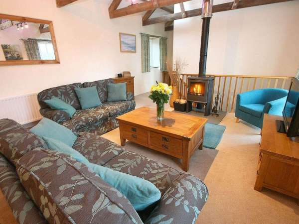 Eldertree in Praa Sands - sleeps 6 people