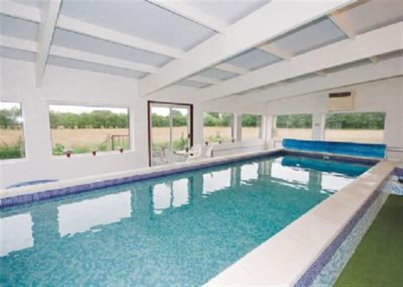 Ellerburn Lodge in York - sleeps 8 people