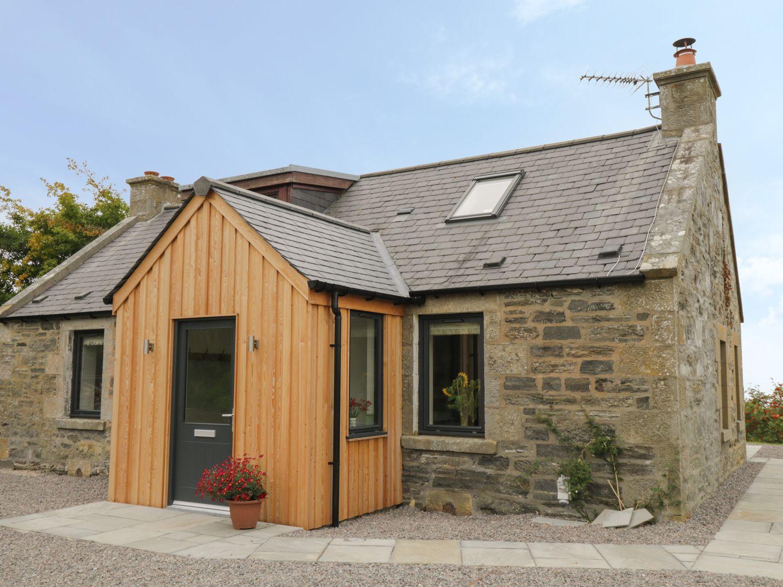 Enzie Station Cottage in Buckie - sleeps 4 people