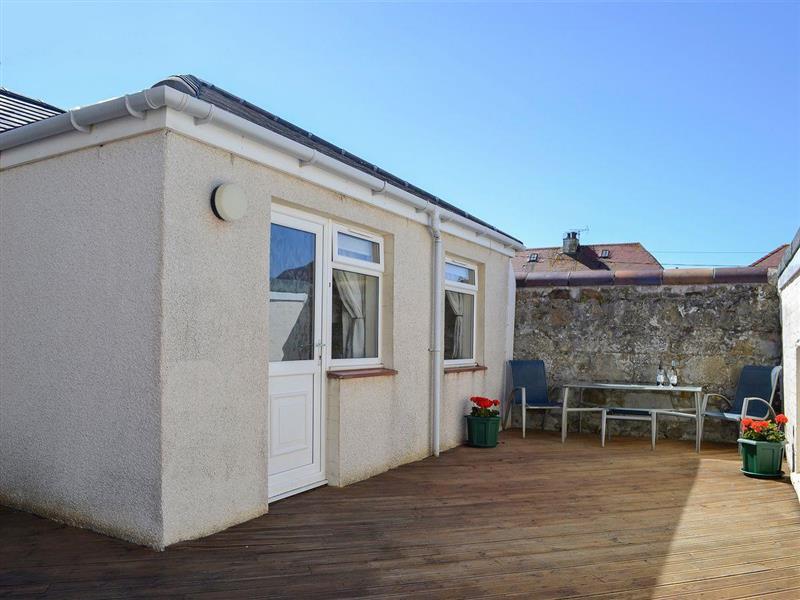 Fairways Cottages - Number 3 in Prestwick - sleeps 3 people