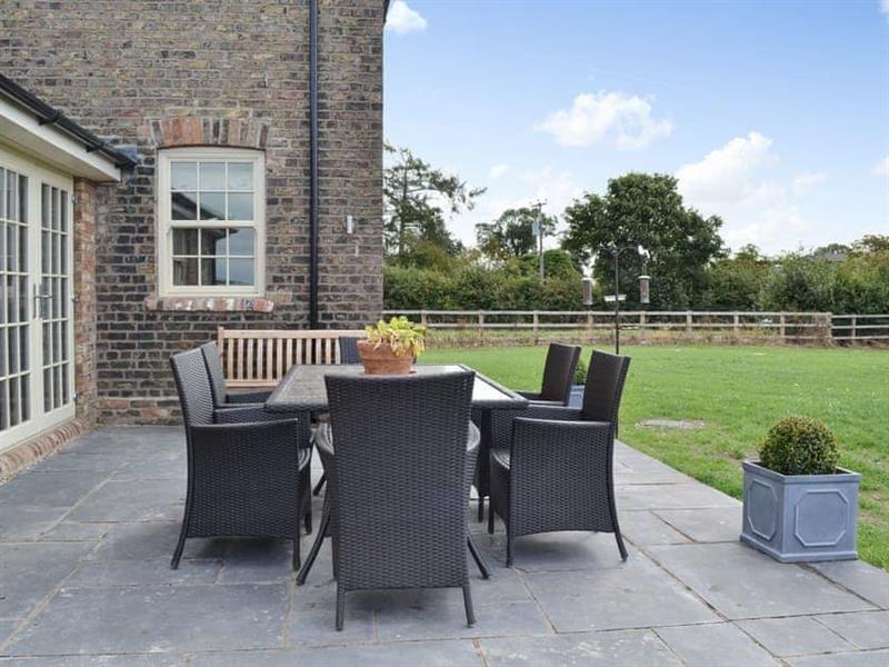 Farrington House in Nafferton, near Driffield - sleeps 8 people