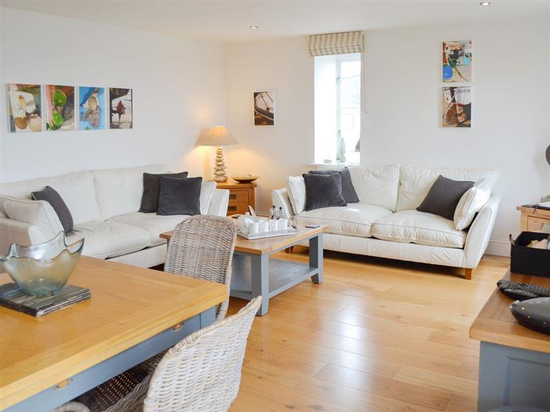 Fernhill Apartment in Carbis Bay, near St Ives - sleeps 4 people