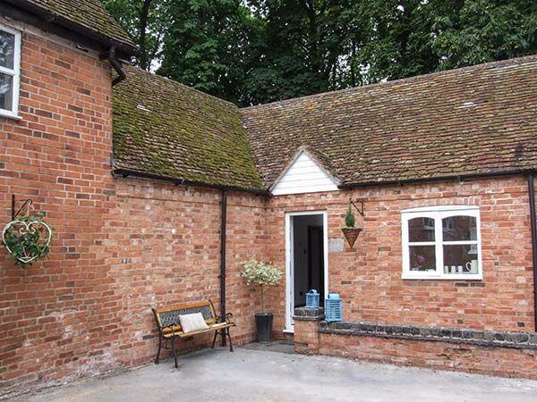 Finwood Cottage 1 in Rowington - sleeps 2 people