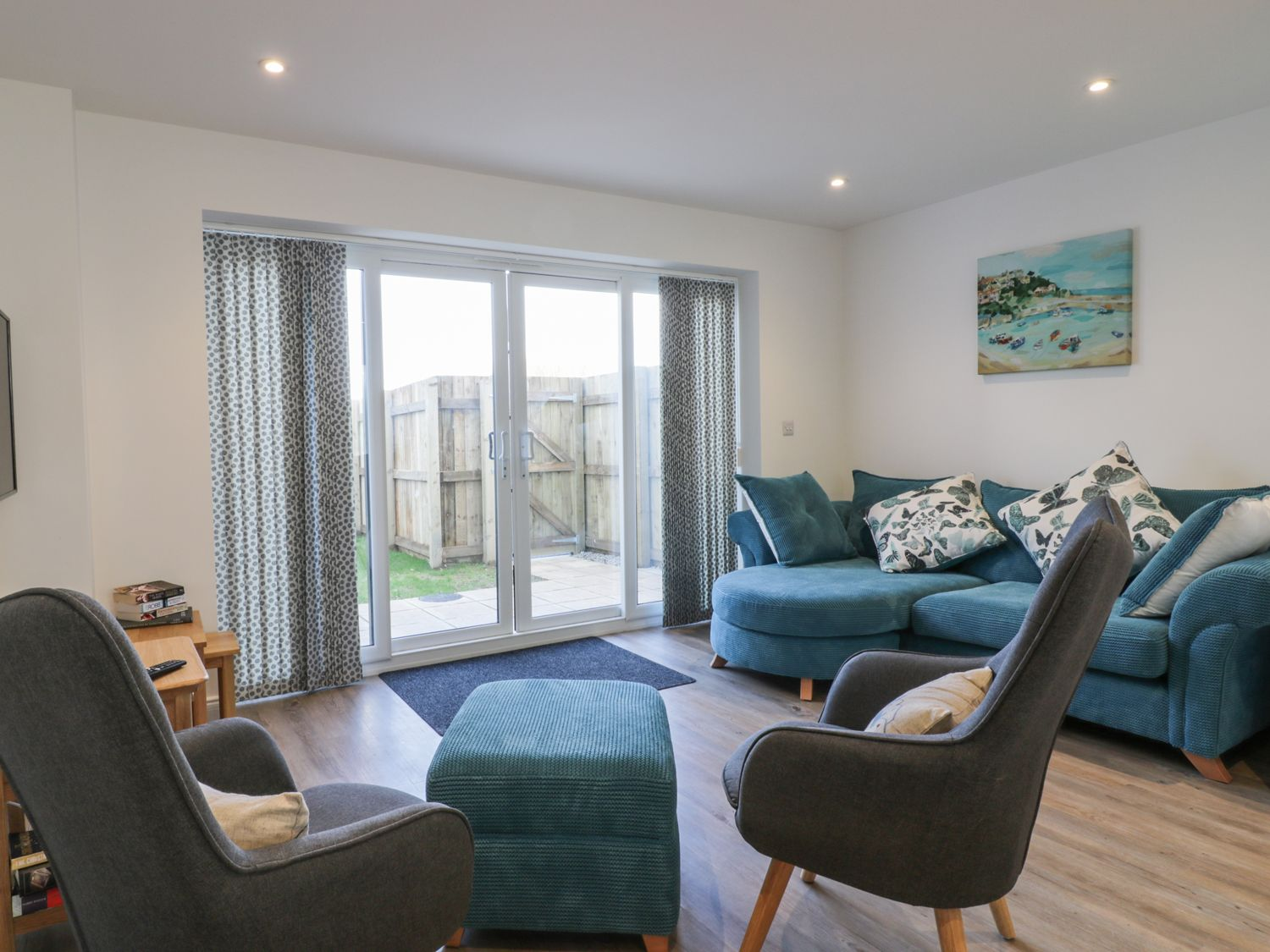Fistral Breeze in Newquay - sleeps 6 people