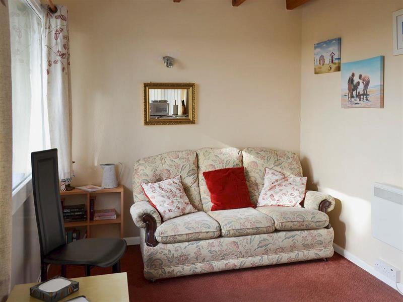Flat F1 in Dawlish Warren, Devon - sleeps 4 people