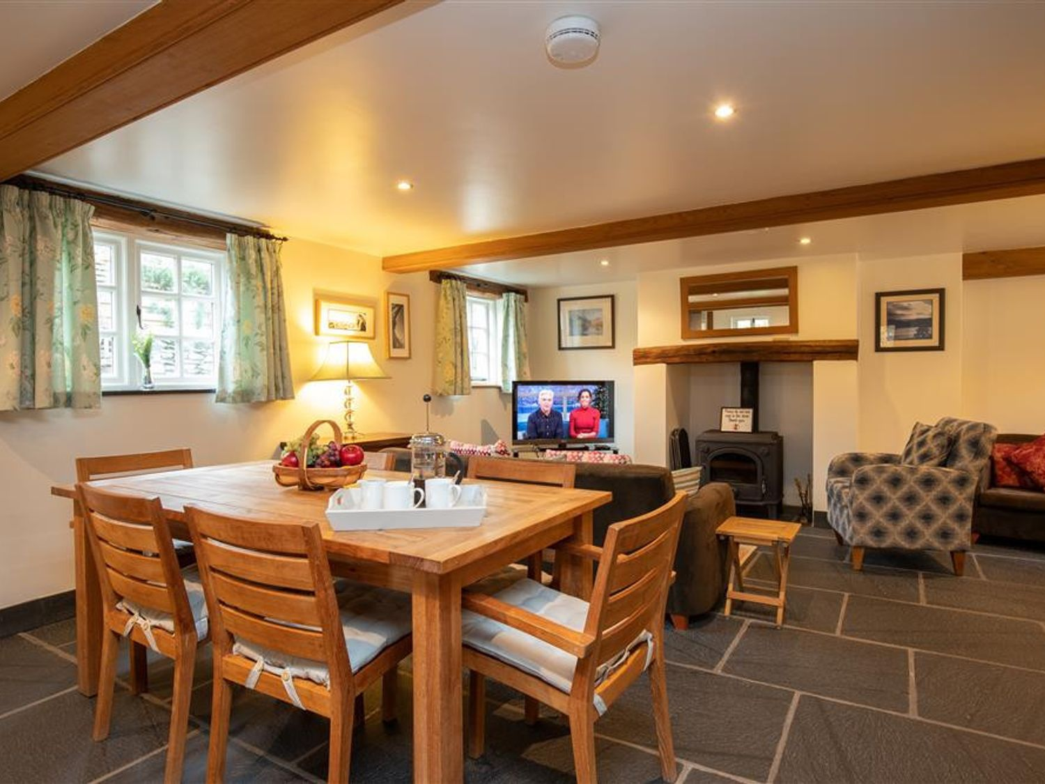 Forest Cottage in Coniston - sleeps 4 people