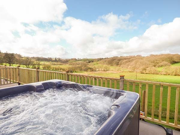 Foxes Meadow in Howey near Llandrindod Wells - sleeps 4 people