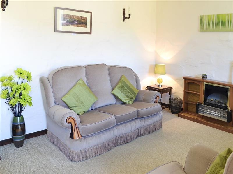 Friesian Valley Cottages - Maple Barn in Mawla, nr. Porthtowan - sleeps 6 people