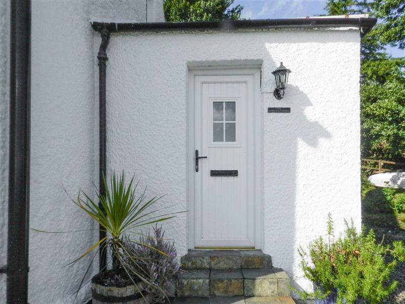 Garden House Apartment in Corrie, Isle of Arran - sleeps 6 people