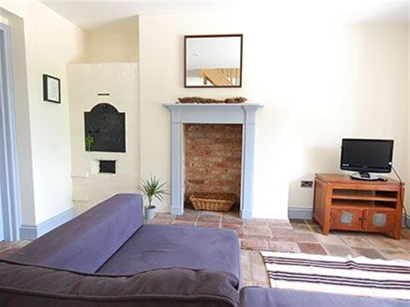 Gardener's Cottage in Ingoldisthorpe, Norfolk. - sleeps 4 people